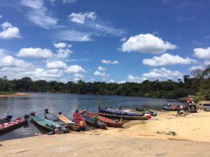 Haven Atjonie Suriname met Korjaal