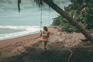Schommel Tortuguero beach